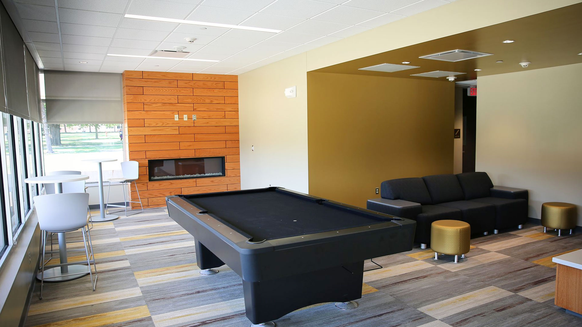 Bowen Hall - Game room and lounge