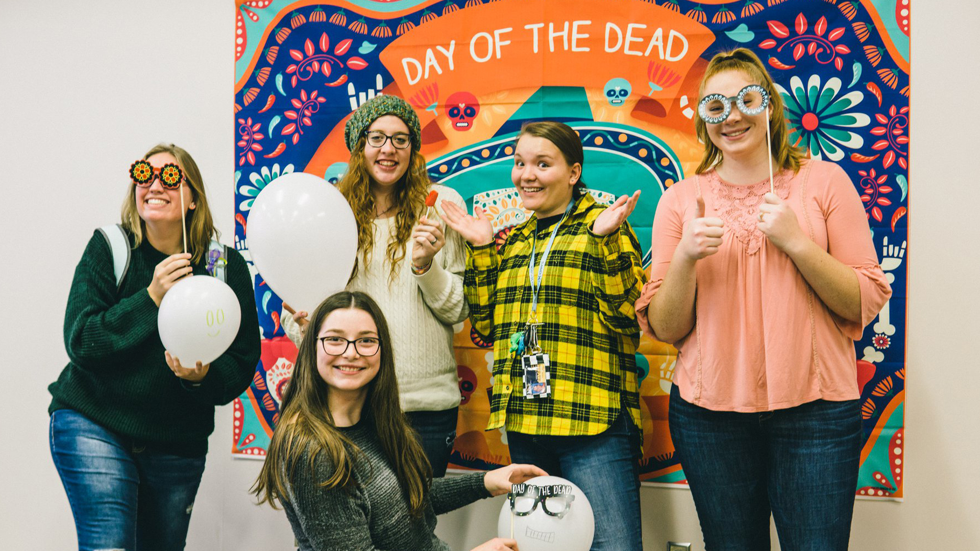 Spanish club celebrates Day of the Dead