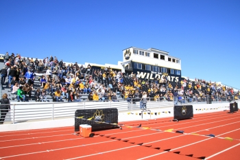 Wildcat alumni and fans gathered at Memorial Stadium to watch the football game.