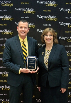 Dr. Ron Holt '89 received the President's Diversity Award.