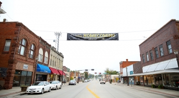 The WSC Homecoming Street Banner was displayed downtown.